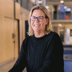 Professor Peta Ashworth